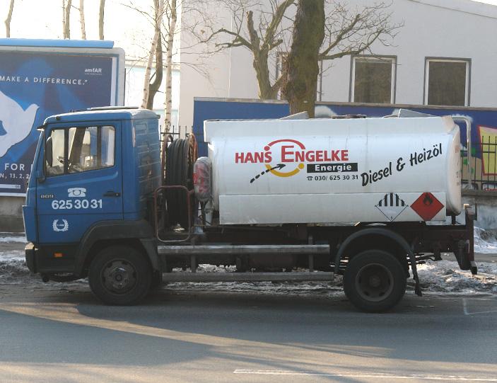 Mercedes-Benz Tankfahrzeug